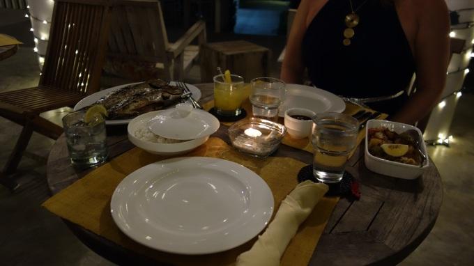illallispöytä momo