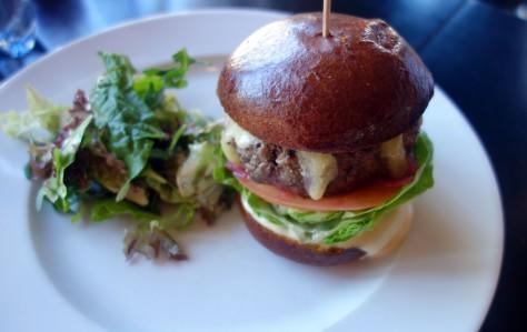 Cheeseburger 3.jpg