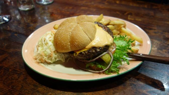 Fonda del Sol tarjoaa parhaat burgerit Itiksessä ja Jumbossa